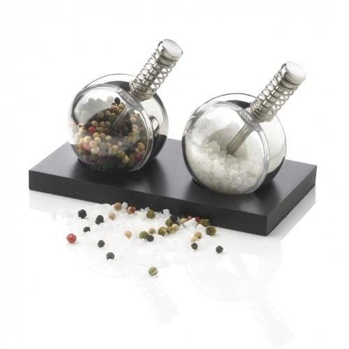 Planet Salt & Pepper Set