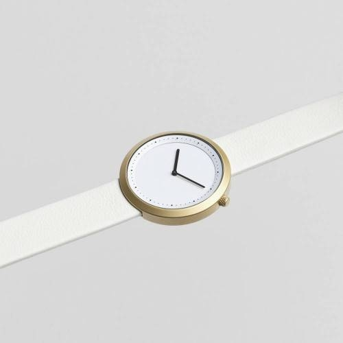 Facette 04 - An Iconic Watch Shape With Distinct Design Details