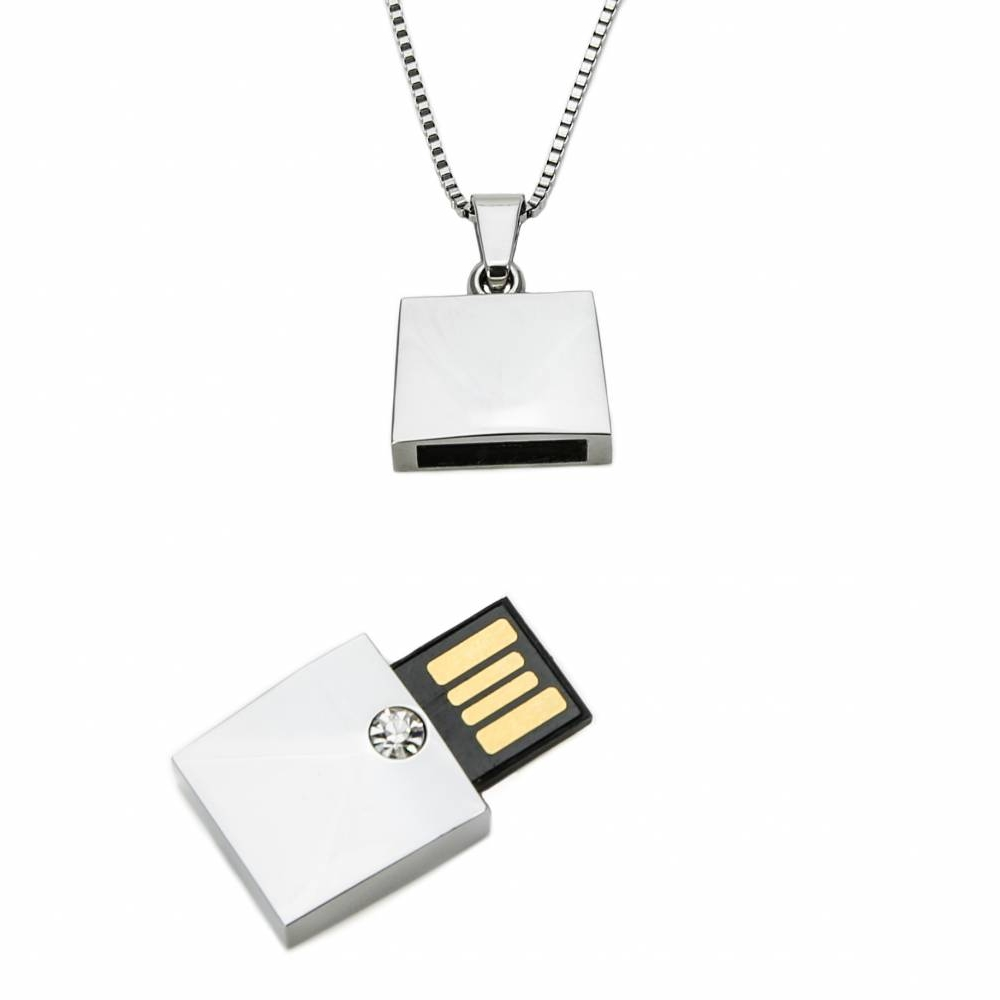 USB Necklace | Wiplabs
