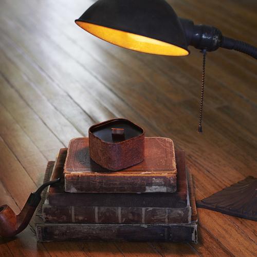 Parlor - Pipe tobacco, leather & vanilla