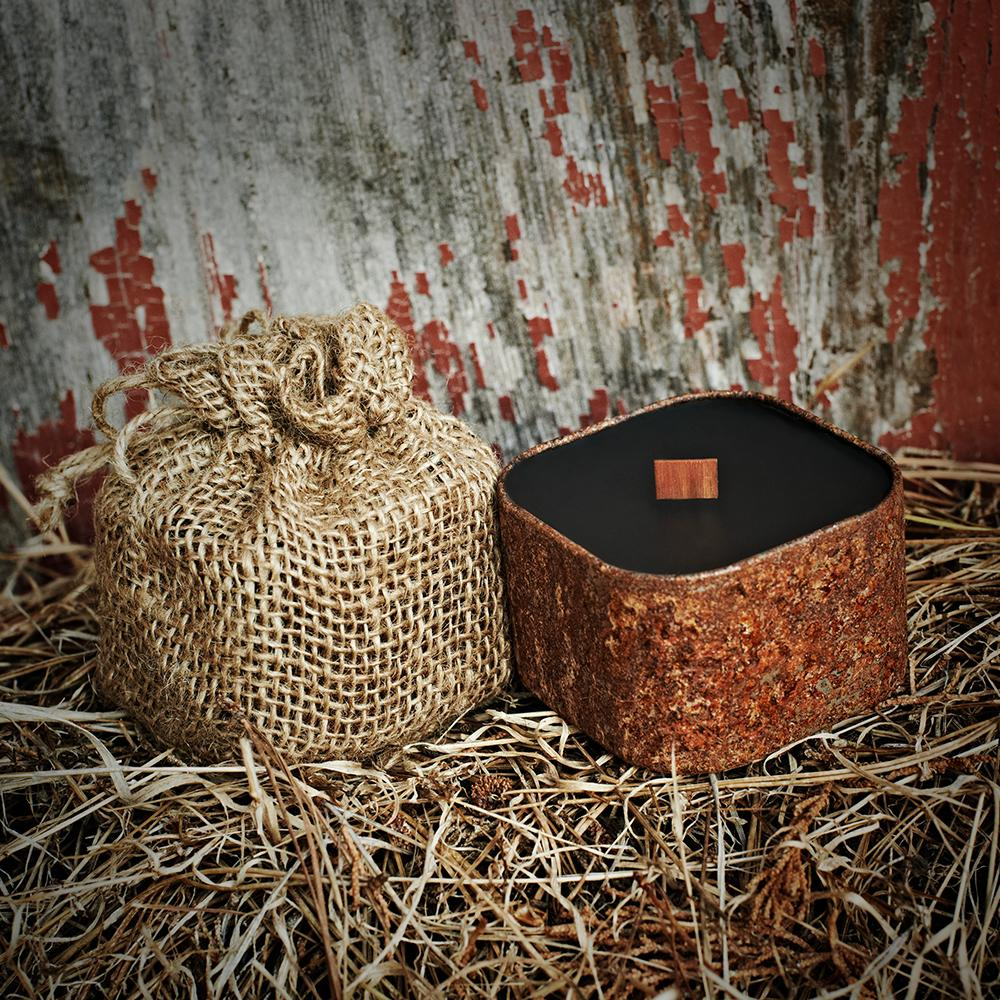 Bunkhouse - Barnwood Apple Leather| Wild Well Supply Candles